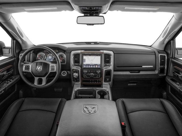 2017 Ram 1500 Laramie 4x4 Crew Cab 5 7